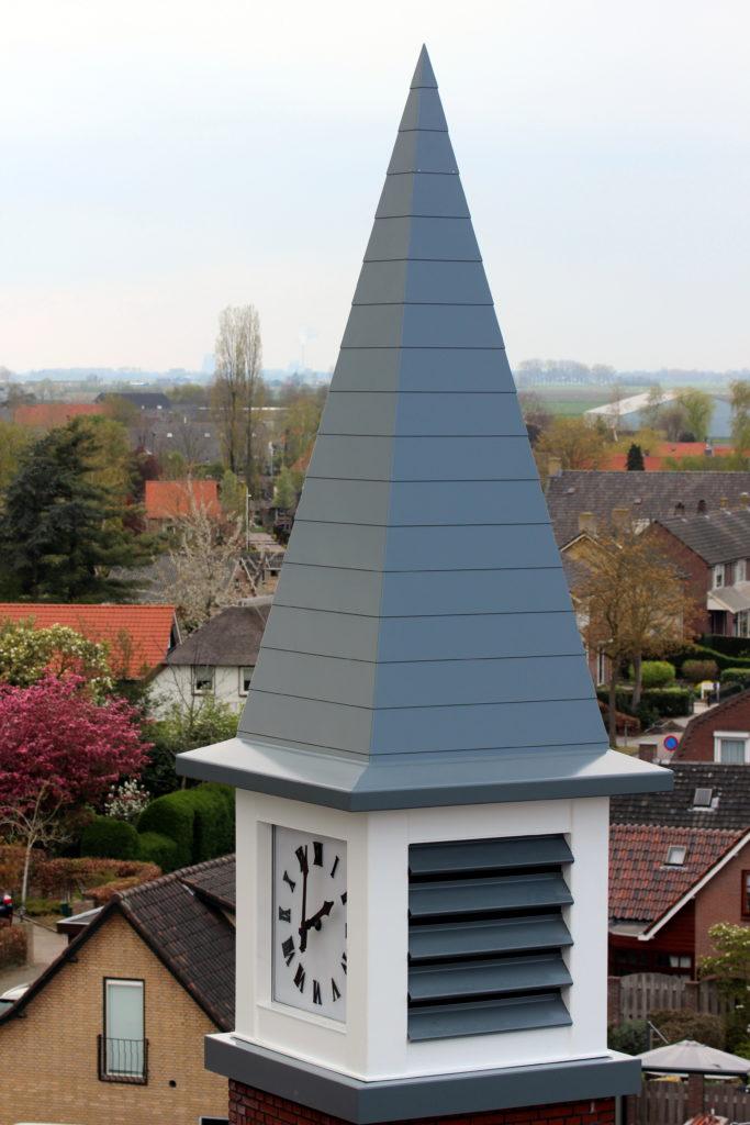 Torenklok Stuurhuizen